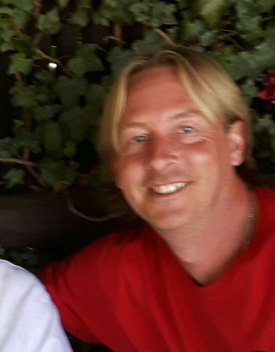 Stewart Giles Author Photo